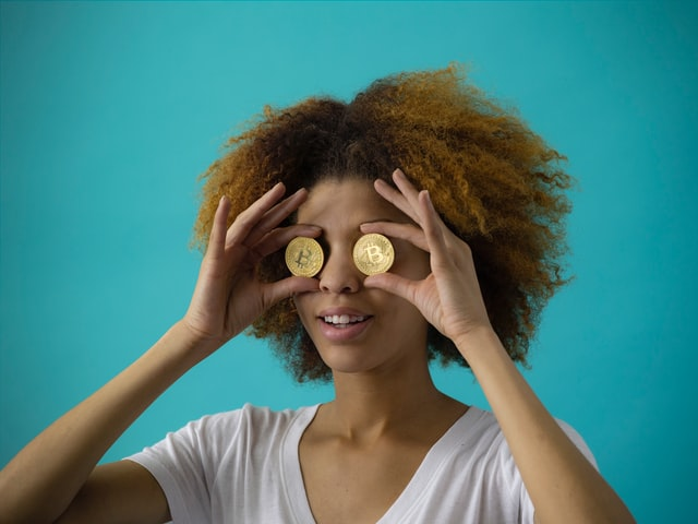 7 Ways Women Can Secure their Finances in 2021